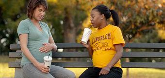 Unexpected – film pentru gravide și proaspete mămici